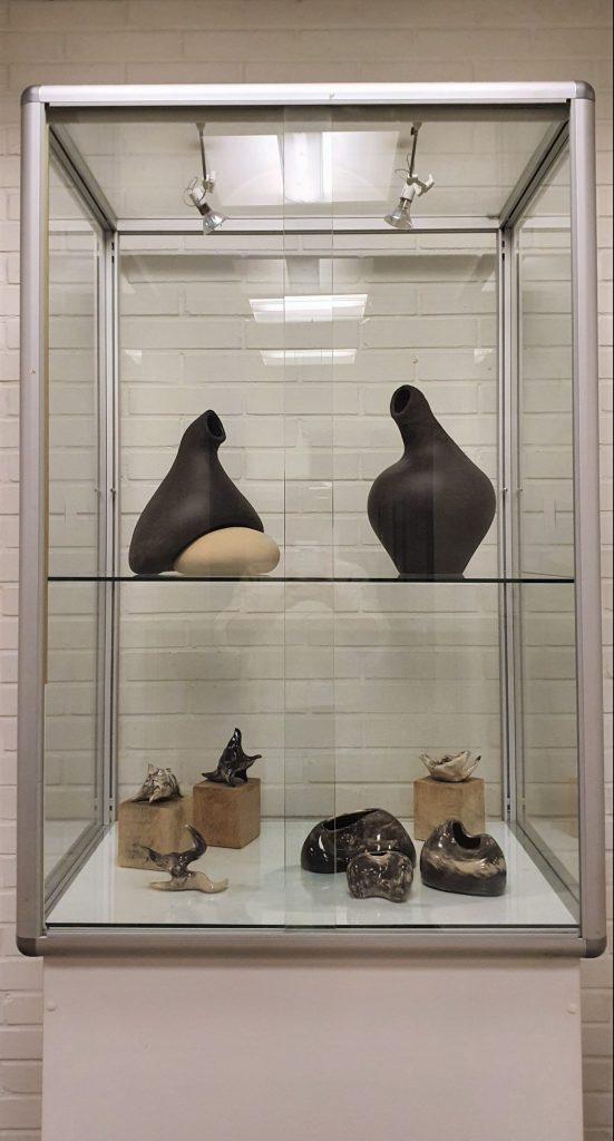 Kia Handler Krøjgaard Keramik Kunst Væsener Vaser